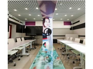 LED экран-подиум для колледжа моды