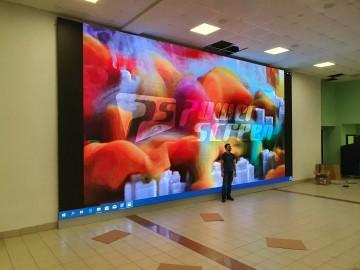 LED экран 8.96 х 4.32 м, в актовый зал